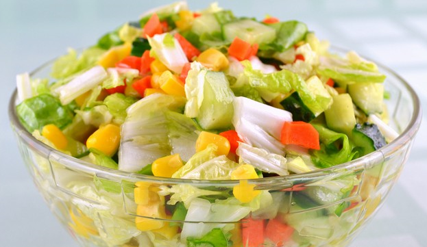 Рецепт овощного салата «Светофор»